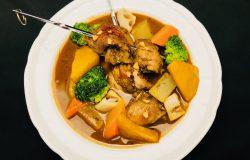 スパイシーチキンと根菜のスープカレー